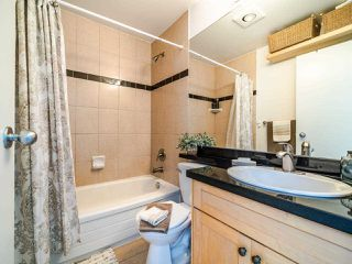 """Photo 25: 13 888 W 16TH Avenue in Vancouver: Fairview VW Townhouse for sale in """"LAUREL MEWS"""" (Vancouver West)  : MLS®# R2510599"""