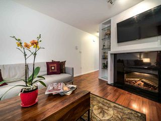 """Photo 10: 13 888 W 16TH Avenue in Vancouver: Fairview VW Townhouse for sale in """"LAUREL MEWS"""" (Vancouver West)  : MLS®# R2510599"""