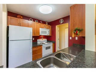 """Photo 14: 211 33165 OLD YALE Road in Abbotsford: Central Abbotsford Condo for sale in """"SOMMERSET RIDGE"""" : MLS®# R2510975"""