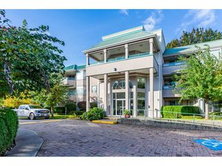 """Main Photo: 211 33165 OLD YALE Road in Abbotsford: Central Abbotsford Condo for sale in """"SOMMERSET RIDGE"""" : MLS®# R2510975"""