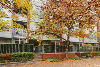 "Photo 2: 1117 HOMER Street in Vancouver: Yaletown Townhouse for sale in ""H and H"" (Vancouver West)  : MLS®# R2517344"