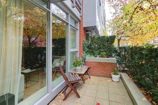 "Photo 3: 1117 HOMER Street in Vancouver: Yaletown Townhouse for sale in ""H and H"" (Vancouver West)  : MLS®# R2517344"