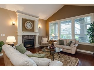 """Photo 4: 21066 83B Avenue in Langley: Willoughby Heights House for sale in """"North Yorkson - Willoughby"""" : MLS®# R2526763"""