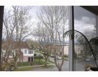 Photo 7: 368 E 24TH AV in Vancouver: House for sale (Main)  : MLS®# V817269