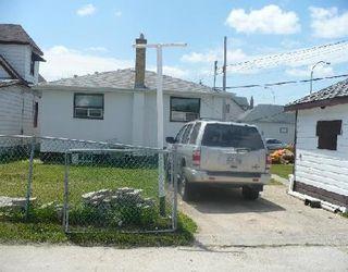 Photo 2: 1127 ALFRED AV in WINNIPEG: Residential for sale (Canada)  : MLS®# 2912755