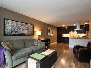 Photo 4: Lonsdale Condos