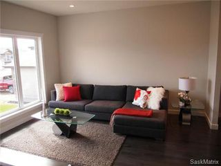 Photo 4: 417 Quessy Drive: Martensville Single Family Dwelling for sale (Saskatoon NW)  : MLS®# 457864