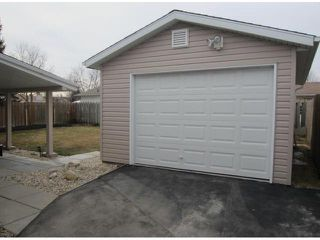 Photo 2: 30 Dohaney Crescent in WINNIPEG: Westwood / Crestview Residential for sale (West Winnipeg)  : MLS®# 1307469