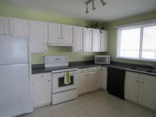 Photo 8: 30 Dohaney Crescent in WINNIPEG: Westwood / Crestview Residential for sale (West Winnipeg)  : MLS®# 1307469