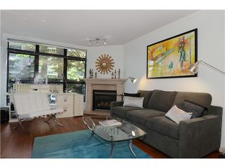"Photo 4: 110 2181 W 10TH Avenue in Vancouver: Kitsilano Condo for sale in ""The Tenth Avenue"" (Vancouver West)  : MLS®# V1006215"