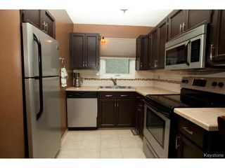 Photo 2: 46 Dells Crescent in WINNIPEG: St Vital Residential for sale (South East Winnipeg)  : MLS®# 1318266