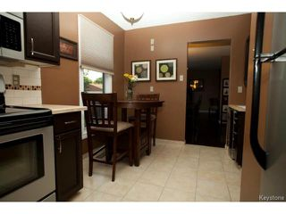 Photo 3: 46 Dells Crescent in WINNIPEG: St Vital Residential for sale (South East Winnipeg)  : MLS®# 1318266