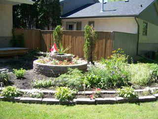 Photo 2: 936 Lemay Avenue in Winnipeg: Fort Garry / Whyte Ridge / St Norbert Residential for sale (South Winnipeg)  : MLS®# 1323914