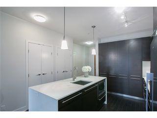 Photo 3: # 106 2020 W 12TH AV in Vancouver: Kitsilano Condo for sale (Vancouver West)  : MLS®# V1049052
