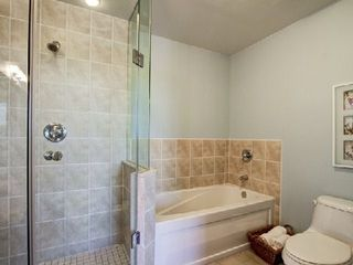 Photo 5: 09 25 Earlington Avenue in Toronto: Kingsway South Condo for sale (Toronto W08)  : MLS®# W2968839