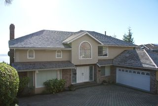 Main Photo: Westhill Place in West Vancouver: Westhill House for rent