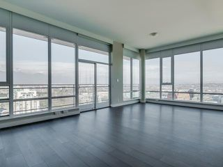 Photo 3: # 2207 1618 QUEBEC ST in Vancouver: Mount Pleasant VE Condo for sale (Vancouver East)  : MLS®# V1110845