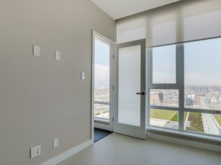 Photo 13: # 2207 1618 QUEBEC ST in Vancouver: Mount Pleasant VE Condo for sale (Vancouver East)  : MLS®# V1110845
