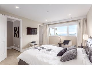 Photo 12: 3817 Bayridge Avenue in West Vancouver: Bayridge House for sale : MLS®# R2028085