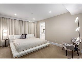 Photo 18: 3817 Bayridge Avenue in West Vancouver: Bayridge House for sale : MLS®# R2028085