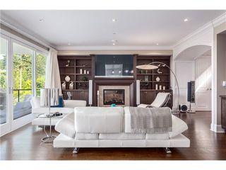 Photo 4: 3817 Bayridge Avenue in West Vancouver: Bayridge House for sale : MLS®# R2028085