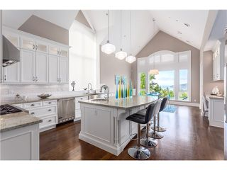 Photo 6: 3817 Bayridge Avenue in West Vancouver: Bayridge House for sale : MLS®# R2028085