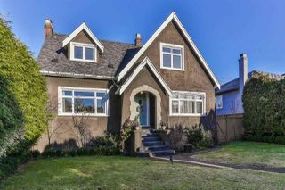 Photo 1: 2525 W 16TH AVENUE in Vancouver: Kitsilano House for sale (Vancouver West)  : MLS®# R2021814