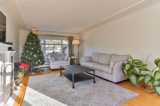 Photo 2: 2525 W 16TH AVENUE in Vancouver: Kitsilano House for sale (Vancouver West)  : MLS®# R2021814
