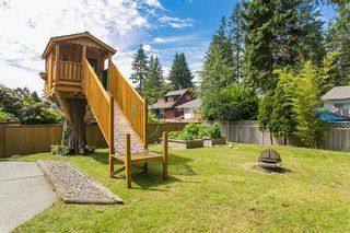 Photo 2: 3383 ROBINSON ROAD in North Vancouver: Lynn Valley House for sale : MLS®# R2096046