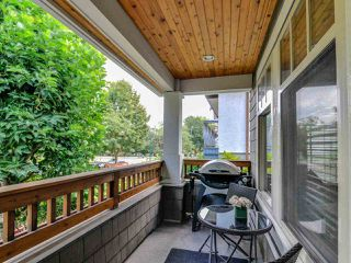 Photo 3: 1252 E 11TH AVENUE in Vancouver: Mount Pleasant VE 1/2 Duplex for sale (Vancouver East)  : MLS®# R2317312