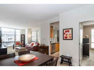 """Photo 5: 203 1550 MARTIN Street: White Rock Condo for sale in """"SUSSEX HOUSE"""" (South Surrey White Rock)  : MLS®# R2396838"""