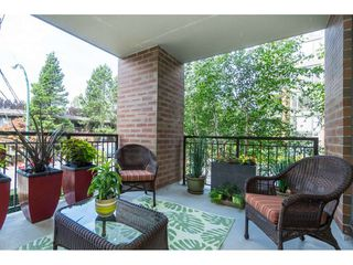 """Photo 17: 203 1550 MARTIN Street: White Rock Condo for sale in """"SUSSEX HOUSE"""" (South Surrey White Rock)  : MLS®# R2396838"""