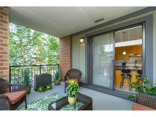 """Photo 16: 203 1550 MARTIN Street: White Rock Condo for sale in """"SUSSEX HOUSE"""" (South Surrey White Rock)  : MLS®# R2396838"""