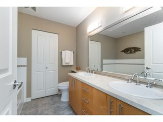 """Photo 13: 203 1550 MARTIN Street: White Rock Condo for sale in """"SUSSEX HOUSE"""" (South Surrey White Rock)  : MLS®# R2396838"""