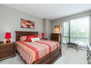 """Photo 12: 203 1550 MARTIN Street: White Rock Condo for sale in """"SUSSEX HOUSE"""" (South Surrey White Rock)  : MLS®# R2396838"""