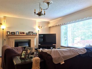 Photo 3: 10180 BISSETT Drive in Richmond: McNair House for sale : MLS®# R2418653