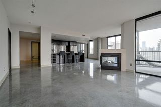 Photo 2: 605 10028 119 Street in Edmonton: Zone 12 Condo for sale : MLS®# E4180175