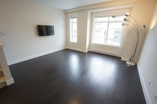"""Photo 8: 11 16518 24A Avenue in Surrey: Grandview Surrey Townhouse for sale in """"NOTTING HILL"""" (South Surrey White Rock)  : MLS®# R2428719"""