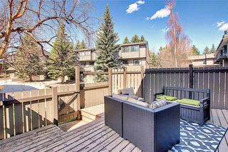 Photo 2: 901 3240 66 Avenue SW in Calgary: Lakeview Row/Townhouse for sale : MLS®# C4295935