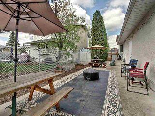 Photo 30: 11415 37 Avenue in Edmonton: Zone 16 House for sale : MLS®# E4198123