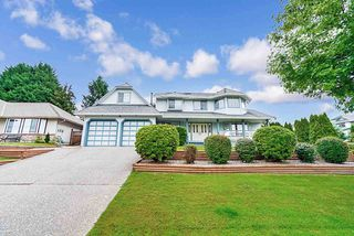 "Photo 1: 6474 179 Street in Surrey: Cloverdale BC House for sale in ""ORCHARD RIDGE"" (Cloverdale)  : MLS®# R2469192"