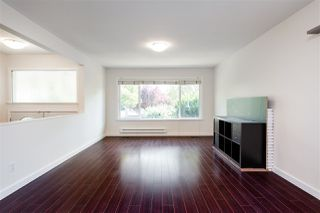 Photo 4: 1577 E 64TH Avenue in Vancouver: Fraserview VE House for sale (Vancouver East)  : MLS®# R2475358