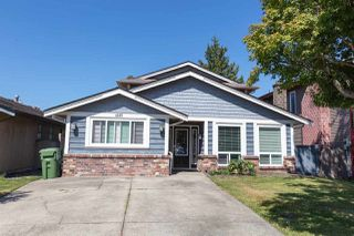 Main Photo: 4265 PETERSON Drive in Richmond: Boyd Park House for sale : MLS®# R2489301