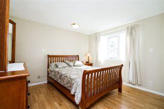 Photo 15: 1751 62 Street Edmonton 4 Bed 2.5 Bath Family House For Sale E4216829