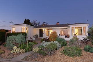 Photo 1: BAY PARK House for sale : 3 bedrooms : 5184 Brownell St in San Diego