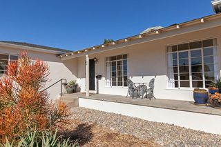 Photo 4: BAY PARK House for sale : 3 bedrooms : 5184 Brownell St in San Diego