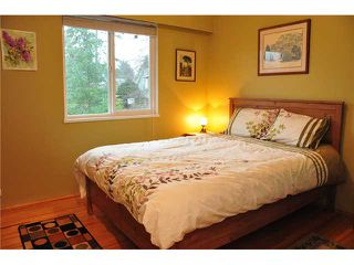 """Photo 7: 1685 58A Street in Tsawwassen: Beach Grove House for sale in """"BEACH GROVE"""" : MLS®# V933436"""