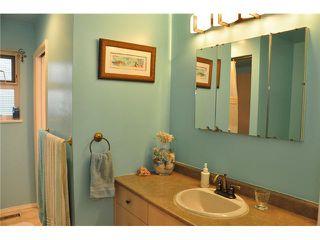 """Photo 6: 1685 58A Street in Tsawwassen: Beach Grove House for sale in """"BEACH GROVE"""" : MLS®# V933436"""
