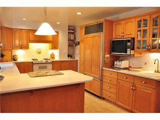 """Photo 4: 1685 58A Street in Tsawwassen: Beach Grove House for sale in """"BEACH GROVE"""" : MLS®# V933436"""