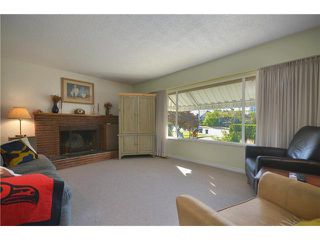 Photo 3: 473 CUMBERLAND Street in New Westminster: The Heights NW House for sale : MLS®# V970625
